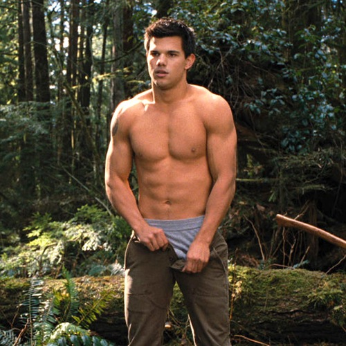 taylor-lautner-shirtless-6