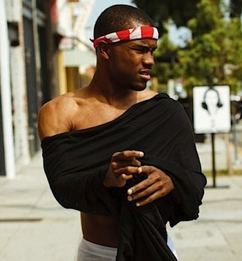 frank-ocean-shirtless1